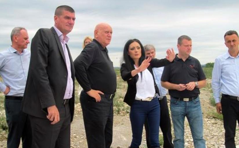 Gavranović: Građani ne smiju da trpe smrad sa deponije
