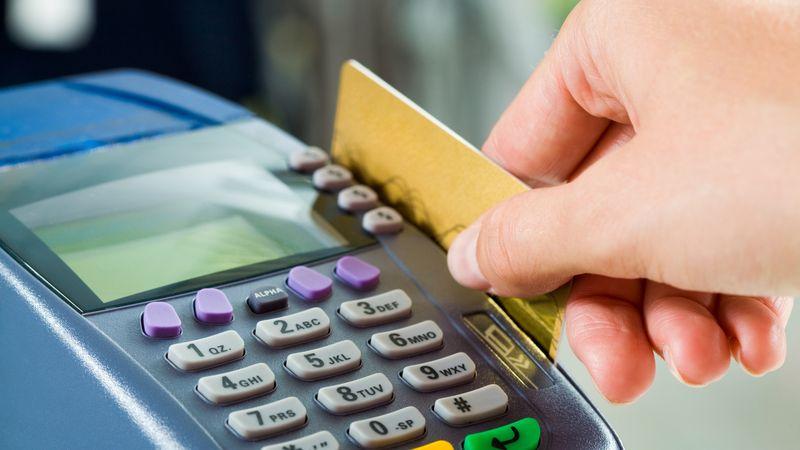 Eh, taj Prijedor: Ukrali platne kartice, pa potrošili 26.000 KM!