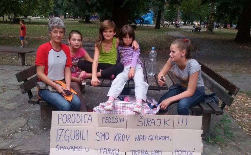 Majka i kćerke od večeras na ulici: Stupićemo u štrajk glađu, ako nam niko ne pomogne