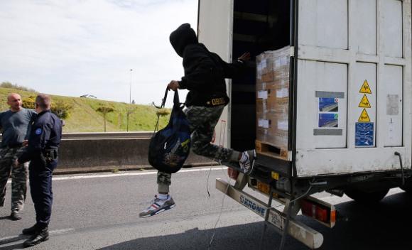 Migranti u kamionu