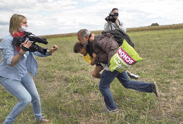 Reporterka ide na robiju zbog šutiranja izbjeglica