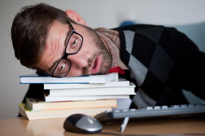 spava-na-poslu