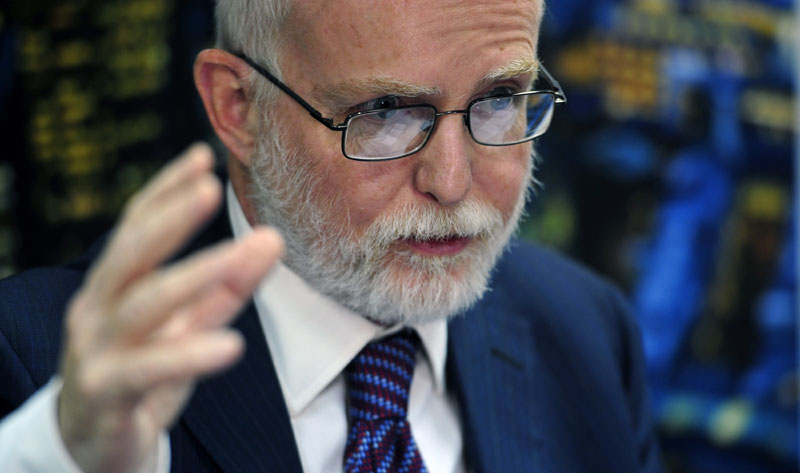 Denis Kif Ambasador