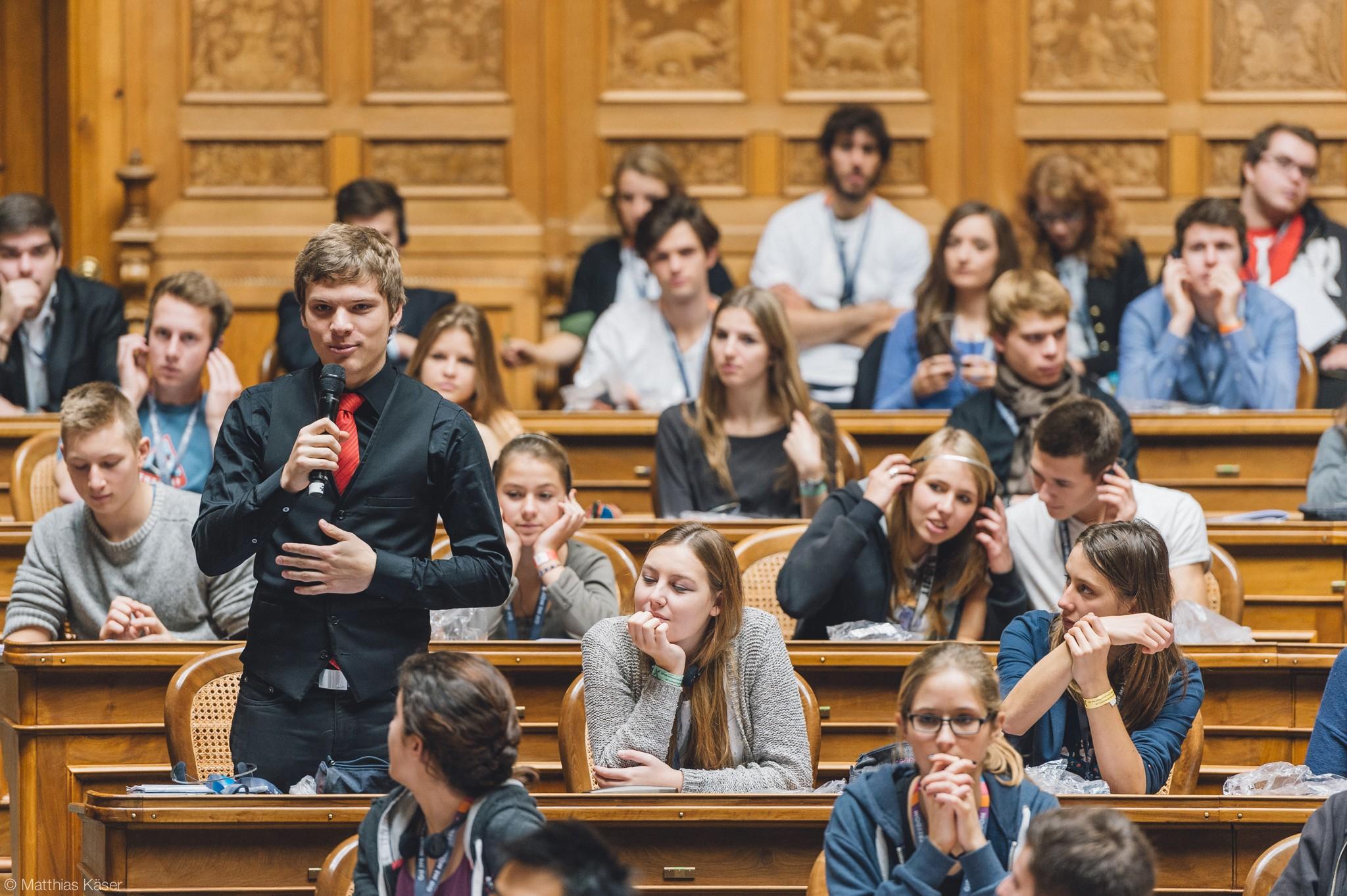 Mladi u politici