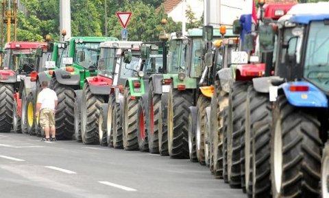 traktori protesti