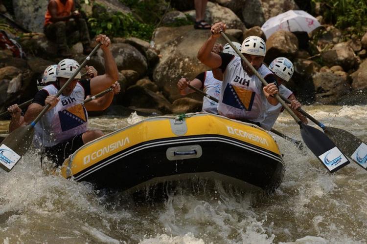 BH rafting