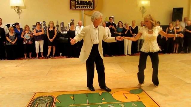 Dzeki i Carli ples