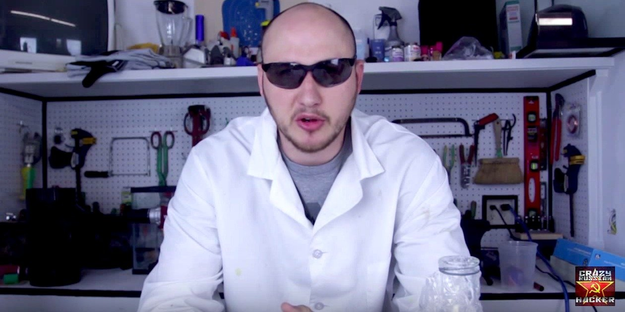Ludi ruski haker