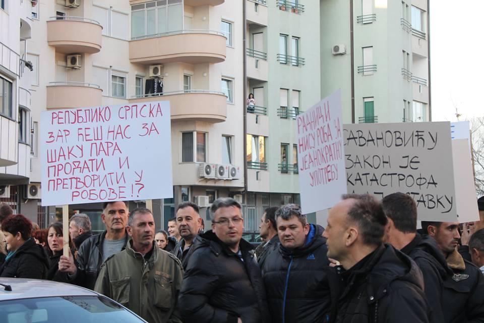 Protesti 8