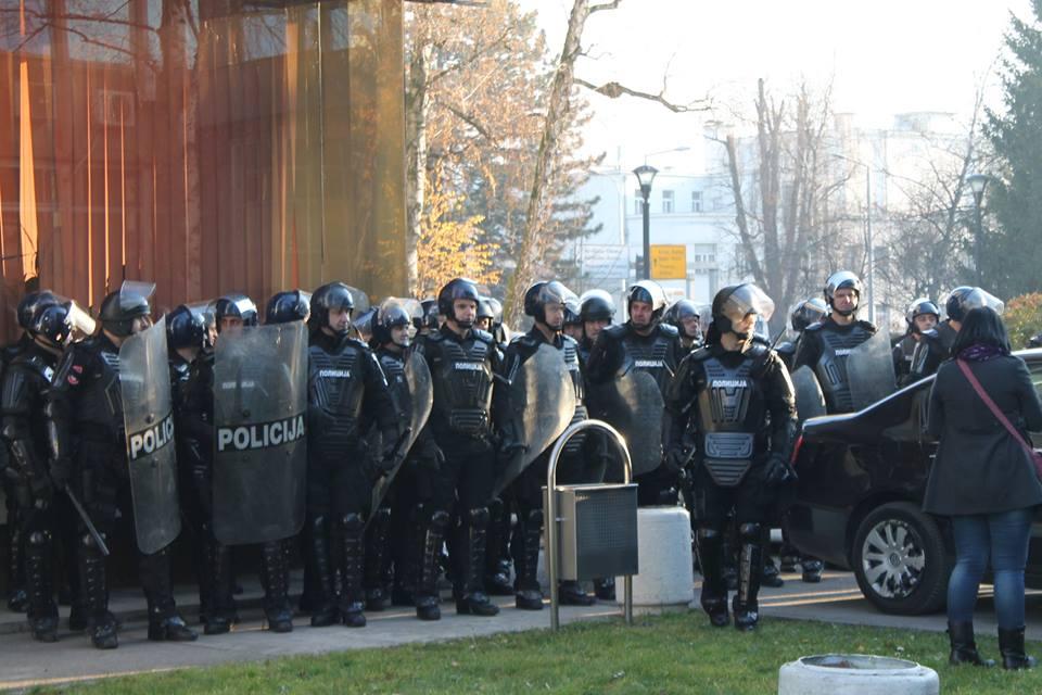 Protesti 9