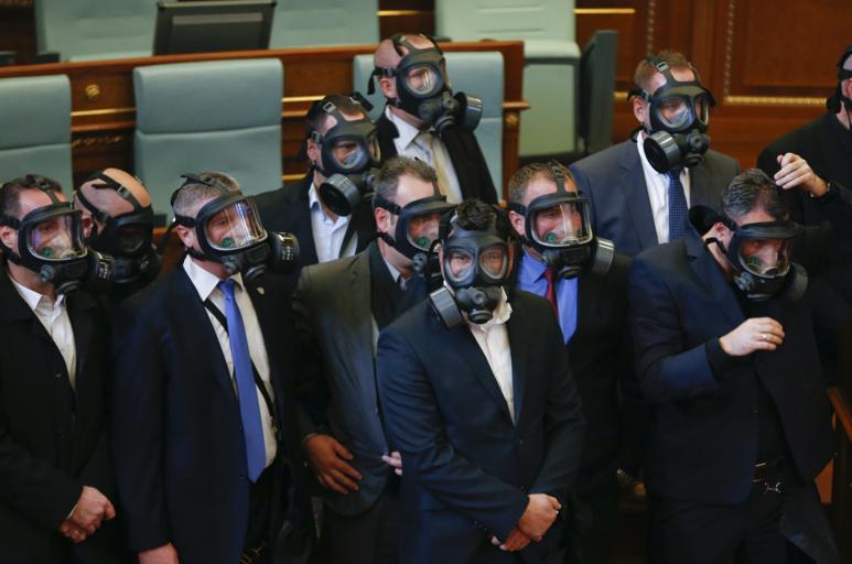 gas maska 1