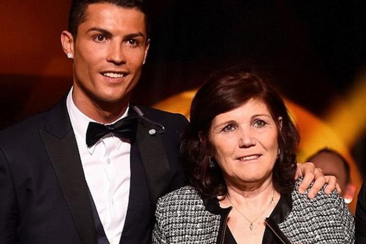 RONALDO I MAMA