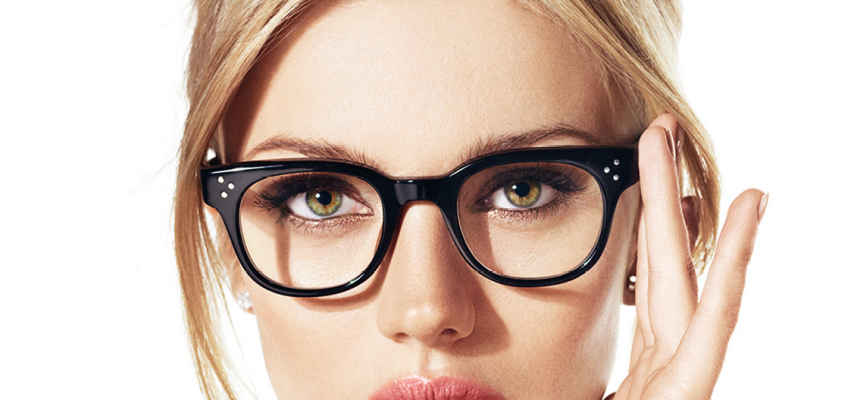 Woman-with-Glasses-848x400