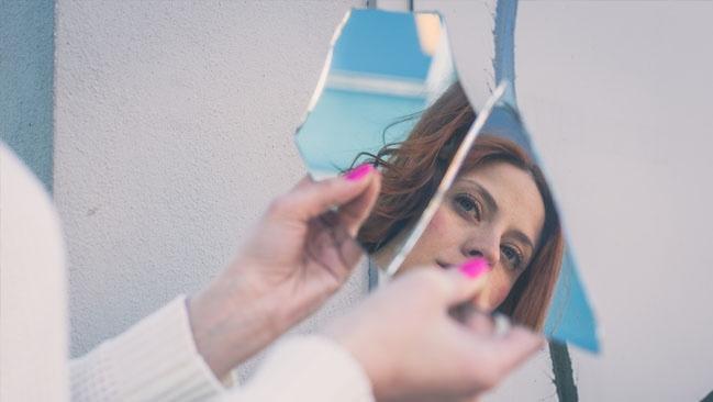 ogledalo razbijeno