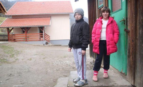 (FOTO) Priča koja je potresla BiH: Dječica uspjela prevazići veliku tragediju
