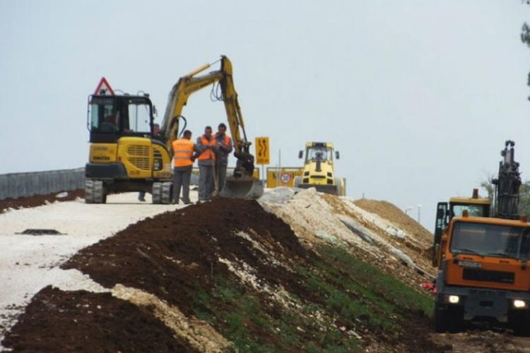 cesta gradnja
