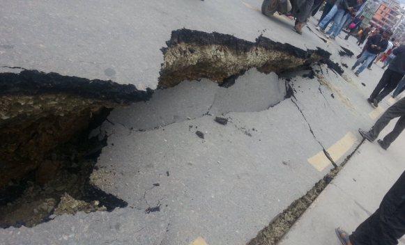 zemljotres-cesta