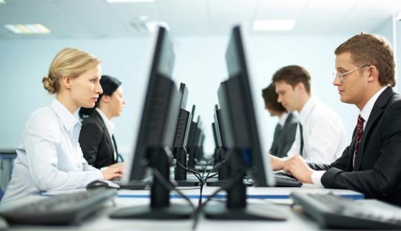 Seminar-kompijuter-kancelarija-ofis-posao