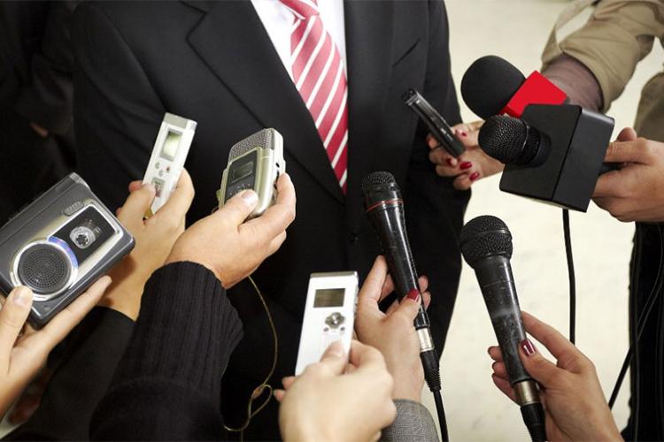 novinari beneficirani staz