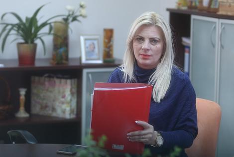 Udruženja za pomoć licima s autizmom podržala direktoricu CSR-a