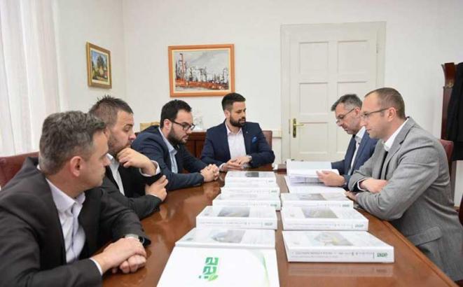 gradska uprava sastanak