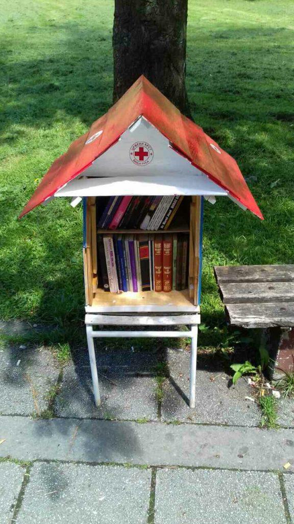 biblioteka na otvorenom