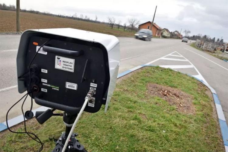 Vozači oprez: Radar opet na ulazu u naselje Vrbanja, ograničenje 40