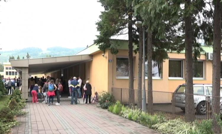 """U cilju rasterećenja OŠ """"Branko Radičević"""": Poziv roditeljima da djecu upišu u obližnje škole"""