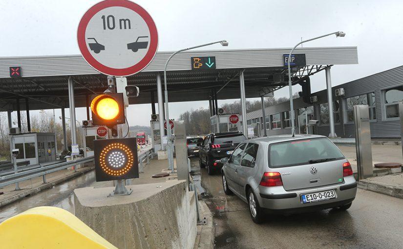 VAUČERI I MAGNETNE KARTICE Novi cjenovnik i sistem naplaćivanja na autoputu 9. januar