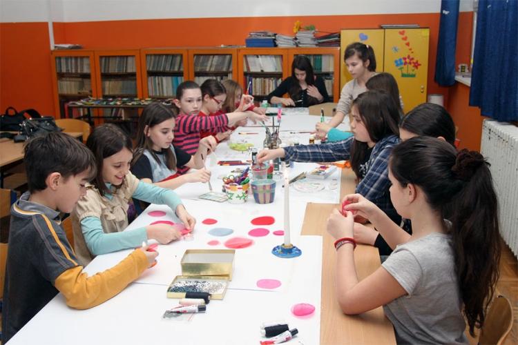 MEĐUNARODNI DAN DJETETA Banjalučki osnovci poručili: Želimo srećno djetinjstvo bez vršnjačkog nasilja