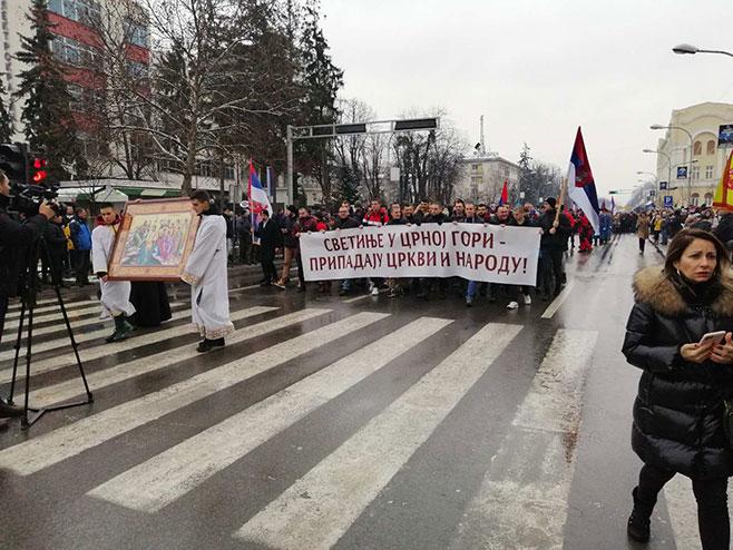 Bogojavljenje u Banjaluci – podrška SPC u Crnoj Gori