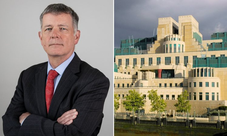 IMENOVANJE: Ričard Mur novi šef britanske obavještajne službe MI6 ...