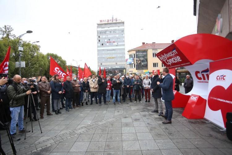 """ANALIZA: Godinu dana SPS-a od """"pobunjenika"""" do najvećeg iznenađenja izbora"""